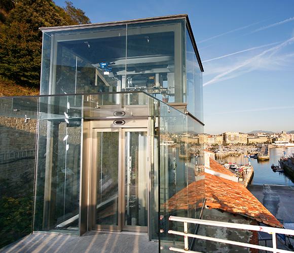 Panoramik Asansörler